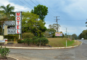 Beerwah Motel Steve Irwin Way Glasshouse Mountains